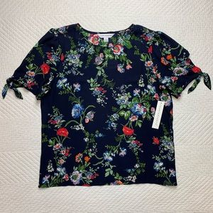 NWT Counterparts Navy Wildflower Blouse Top S